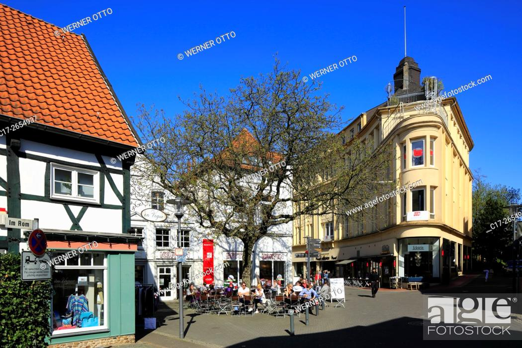 Stock Photo: Germany, Recklinghausen, Ruhr area, Westphalia, North Rhine-Westphalia, NRW, historic downtown, Muensterstrasse, Im Rom, half-timbered house, business house.