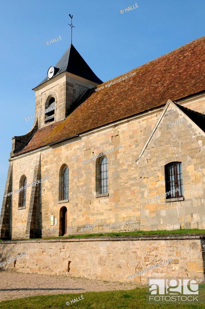 Stock Photo: the classical church of Sagy in V al d Oise.