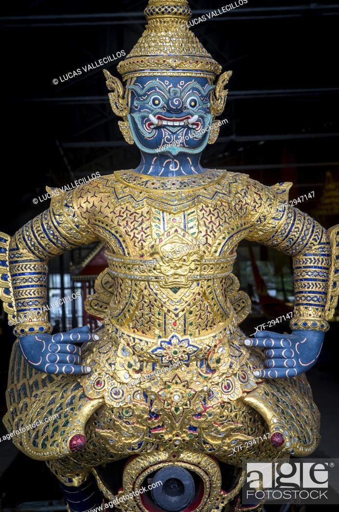 Stock Photo: Figurehead of barge, Royal Barges National Museum, Thonburi, Bangkok, Thailand.