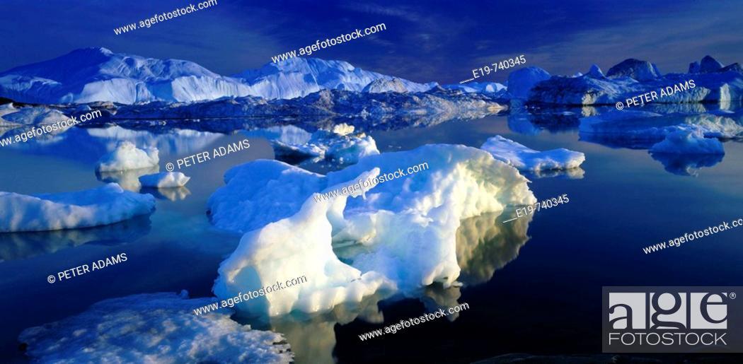 Stock Photo: Icebergs, Greenland.