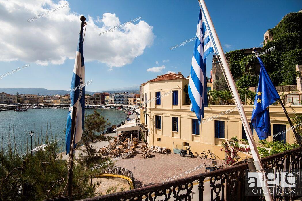 Imagen: The Venetian Harbour in Chania, Crete, Greece.