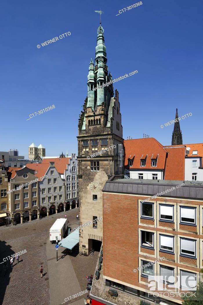 Stock Photo: Muenster (Westfalen), D-Muenster, Westphalia, Muensterland, North Rhine-Westphalia, NRW, gabled houses with arcades at the Prinzipal Market Place.