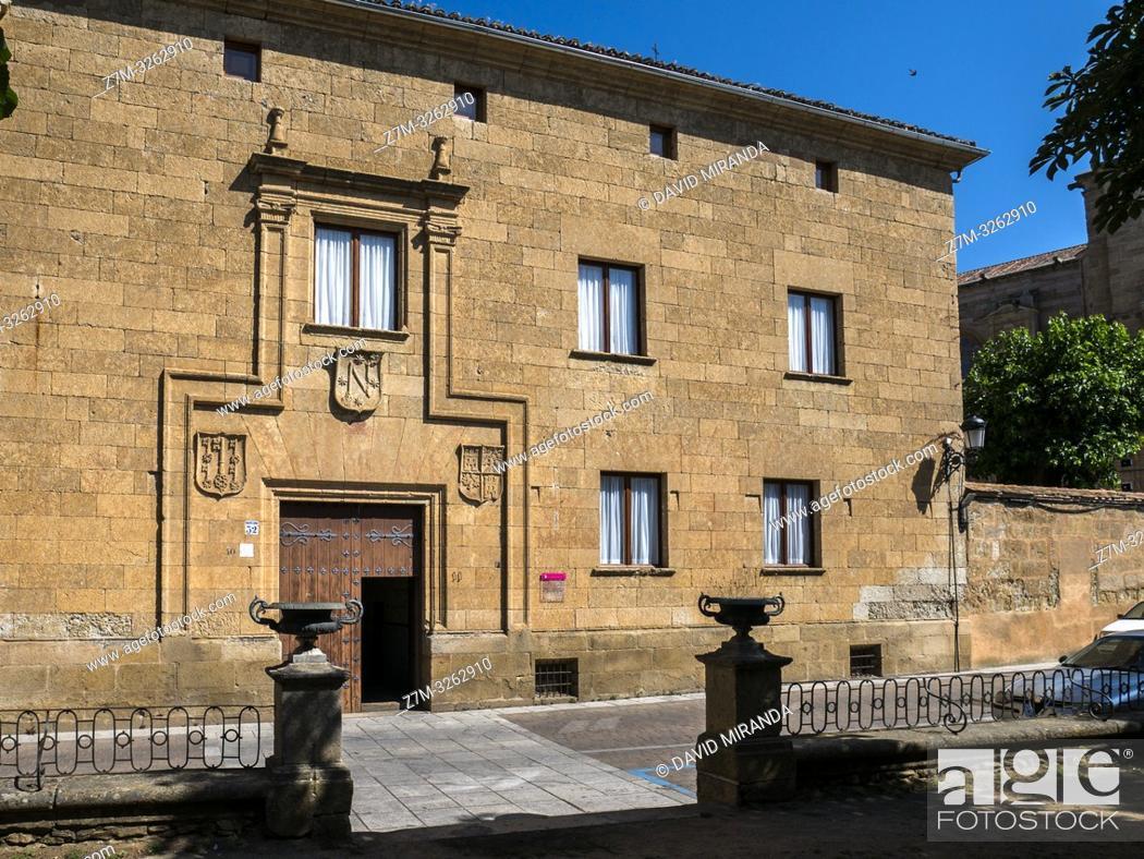 Stock Photo: Casa de los Miranda. Ciudad Rodrigo. Salamanca. Castilla León. España.