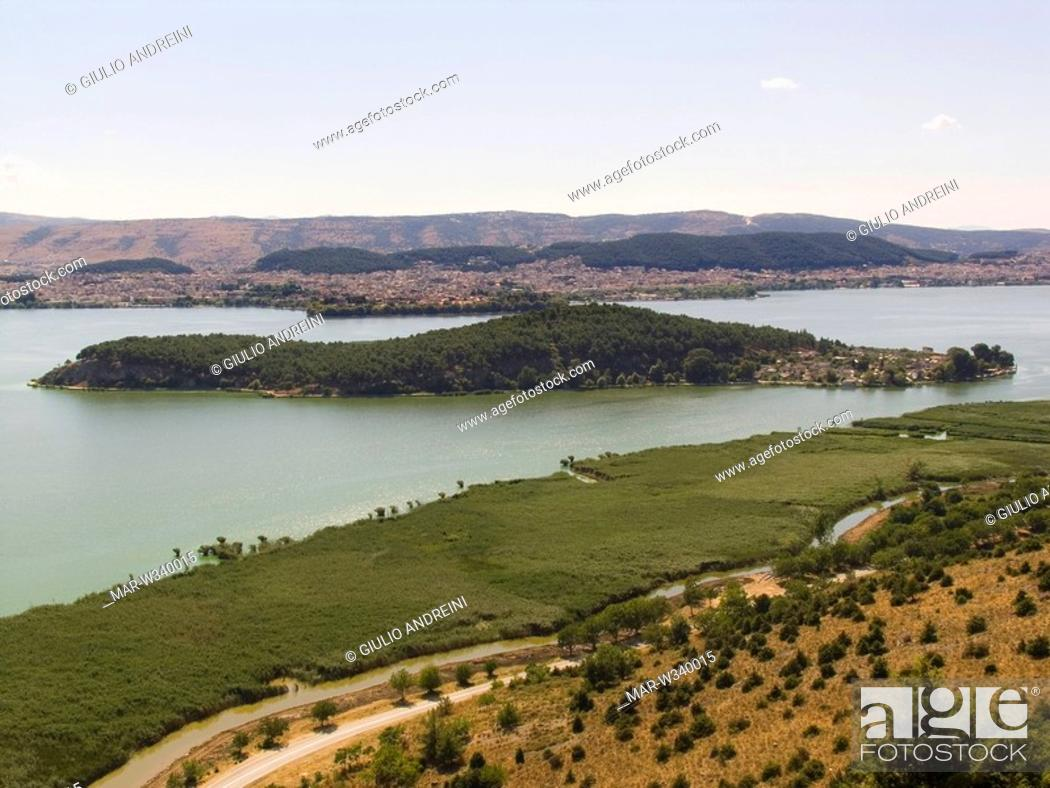 Stock Photo: europe, greece, epirus, ioanina, lake of ioanina.