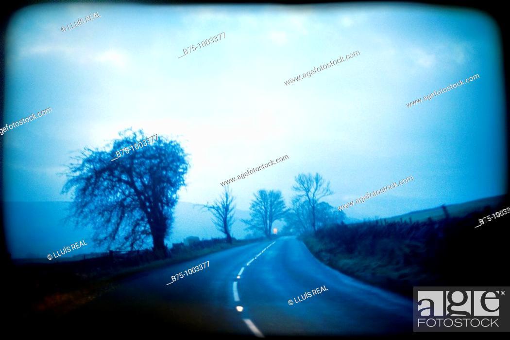 Stock Photo: Country road, dreamlike.
