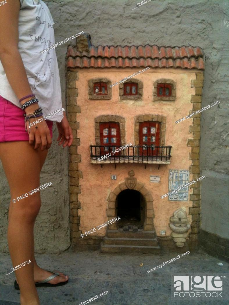 Stock Photo: Small house in the wall catnip Carmen district, . Valencia, Spain.