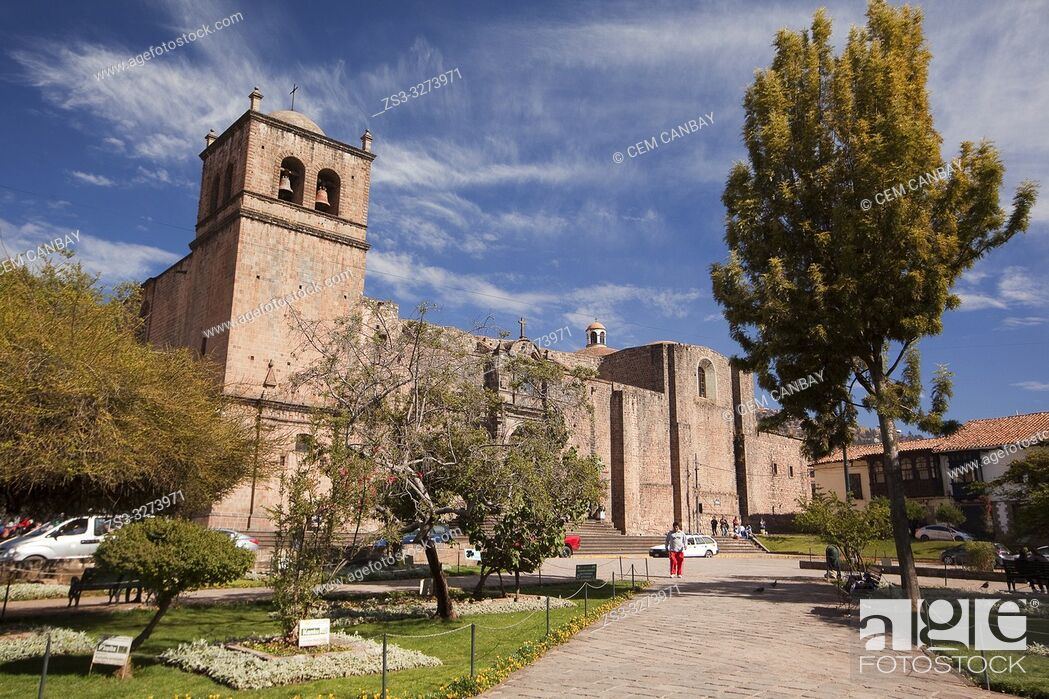 Stock Photo: View to the Iglesia de San Francisco-San Francisco Church at the Plaza San Francisco Square at the historic center, Cusco, Peru, South America.