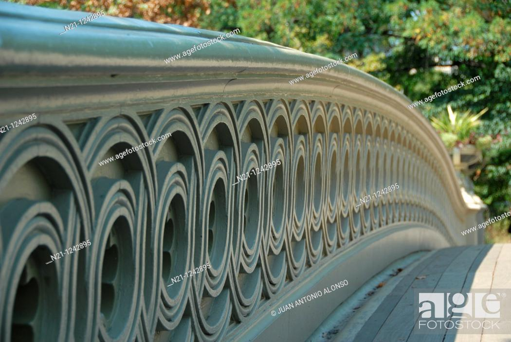 Stock Photo: Bow Bridge railing detail. Central Park. Manhattan, New York, New York. USA.