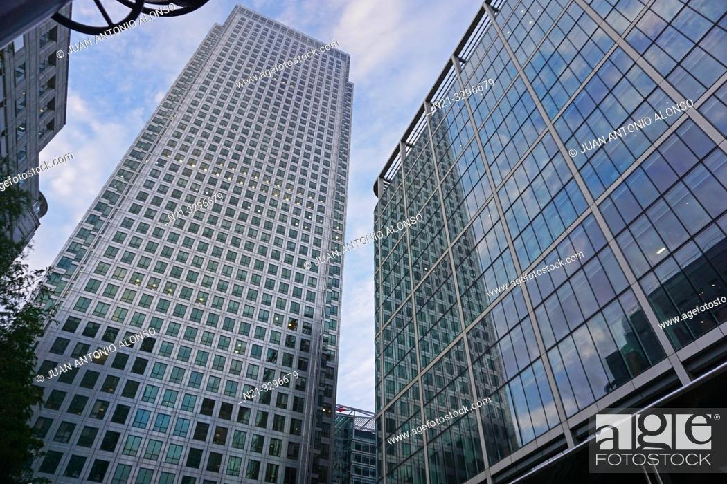 Stock Photo: The One Canada Square Building on the left and the 20 Canada Square Building on the right. Canary Wharf. London, England, Great Britain, Europe.