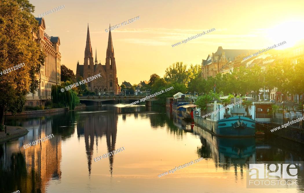 Photo de stock: Reformed Church of St. Paul in Strasbourg at sunrise, France.