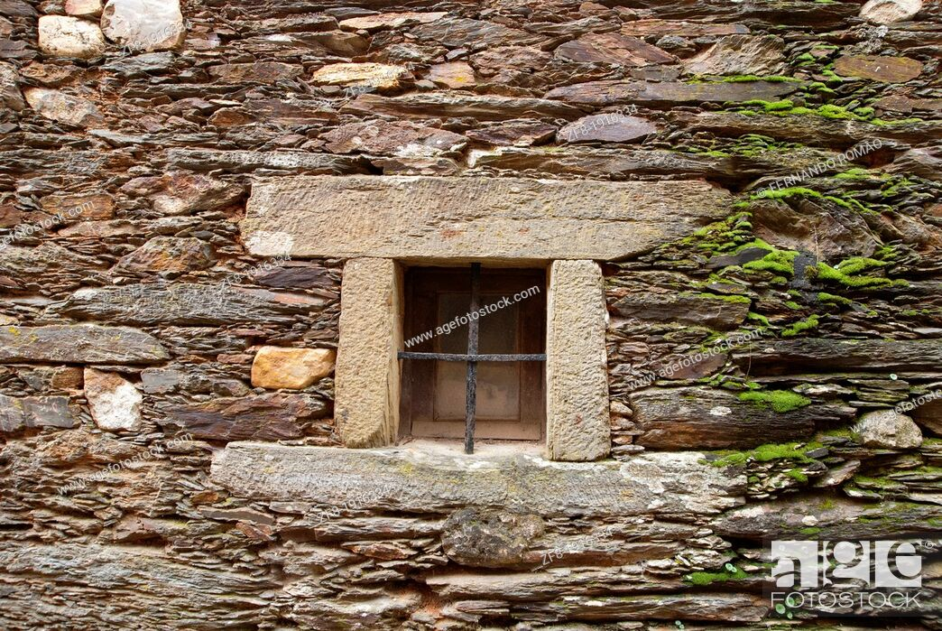Stock Photo: Small window at old house, Fundão, Portugal.