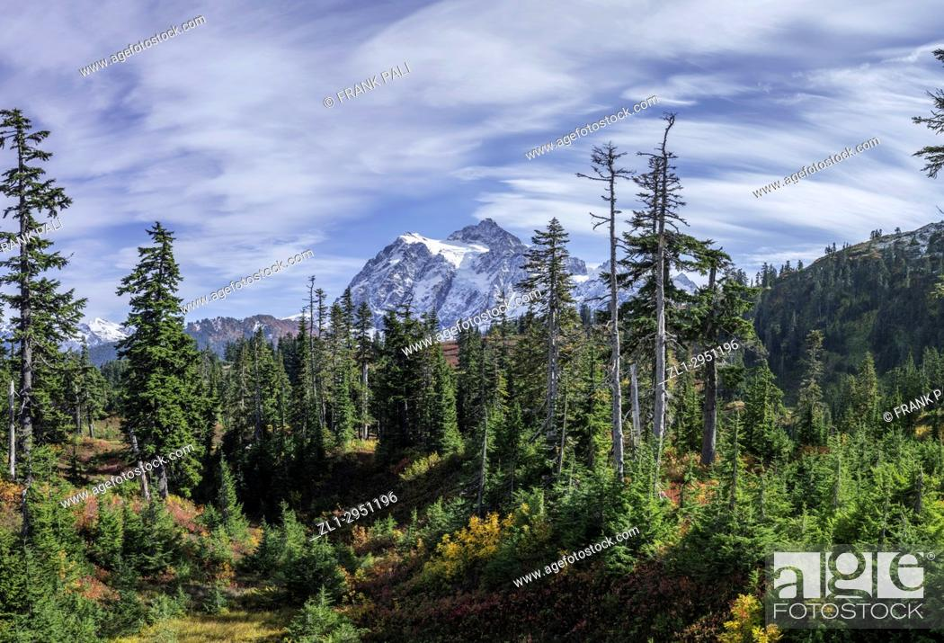 Stock Photo: WASHINGTON - Mount Shuksan in North Cascades National Park. Fall colours are abundant in the vegetation.
