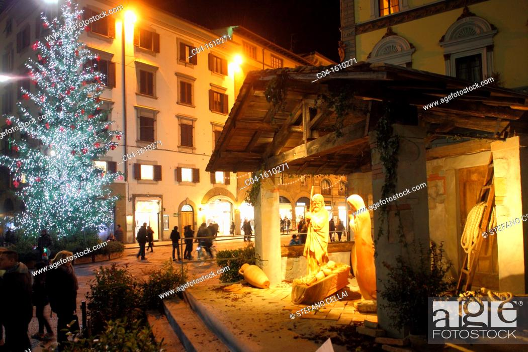 Stock Photo: Christmas in cathedral square, Florence, Tuscany, Italy.