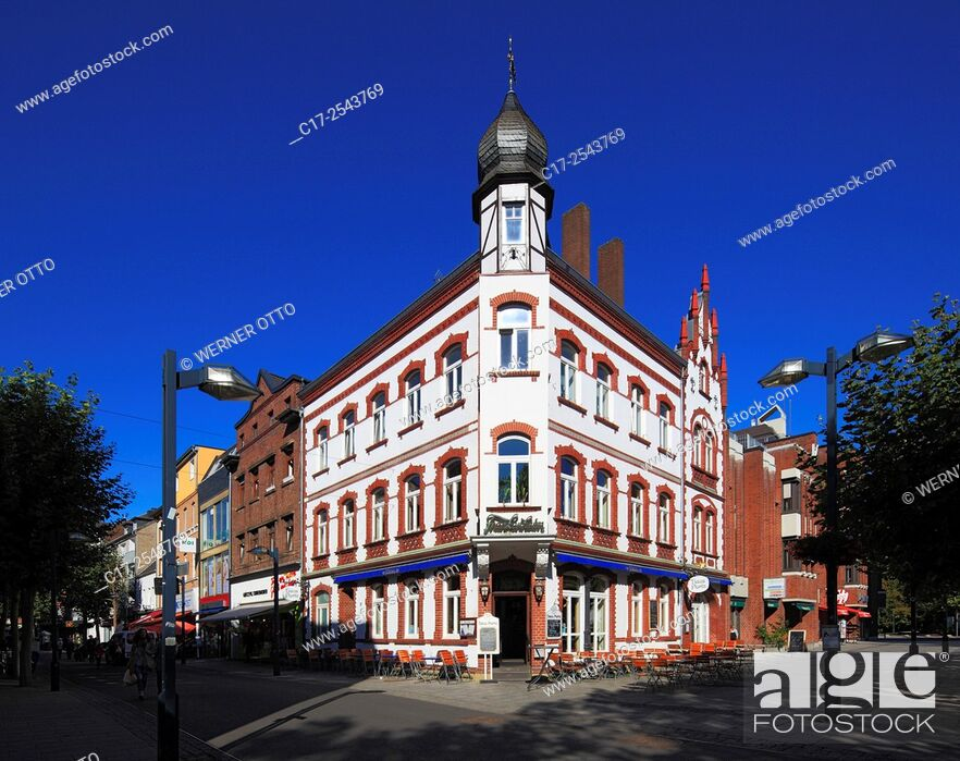 Stock Photo: Germany, Grevenbroich, Erft, Lower Rhine, Rhineland, North Rhine-Westphalia, NRW, House Portz at the market place, residential house and business house.