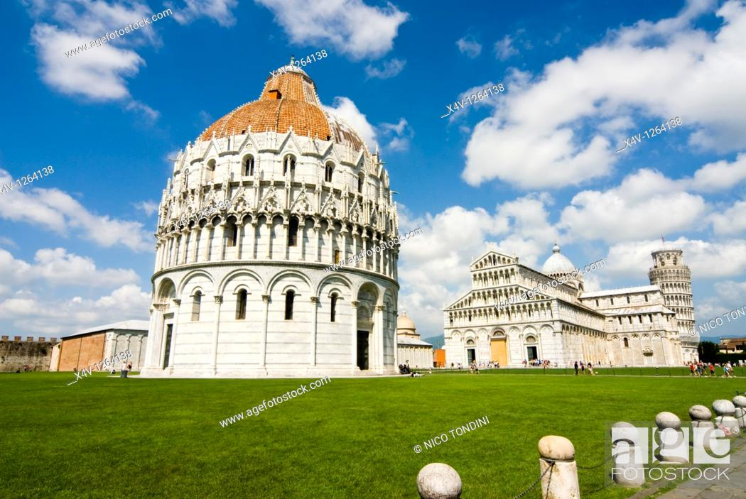 Stock Photo: Piazza dei Miracoli, The Baptistry and the Dome, Pisa, Tuscany, Italy, Europe.
