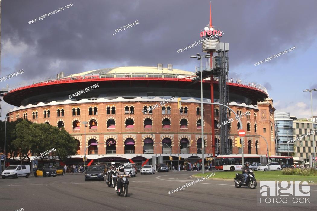 Stock Photo: Las Arenas commercial centre, Barcelona, Spain.