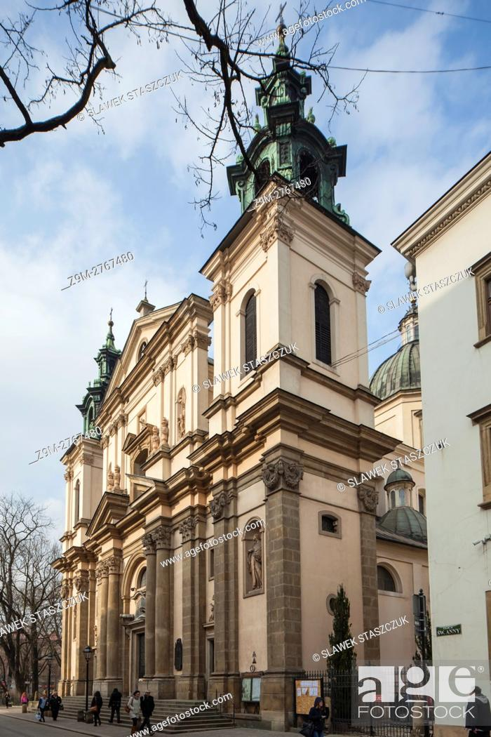 Stock Photo: Baroque church of St Anna in Krakow old town, Poland.