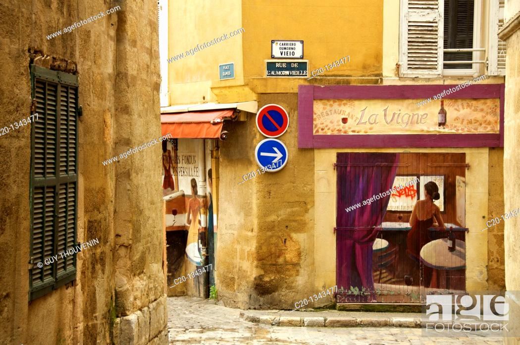 Stock Photo: Painted walls in the Old Aix Aix en Provence 13 France.