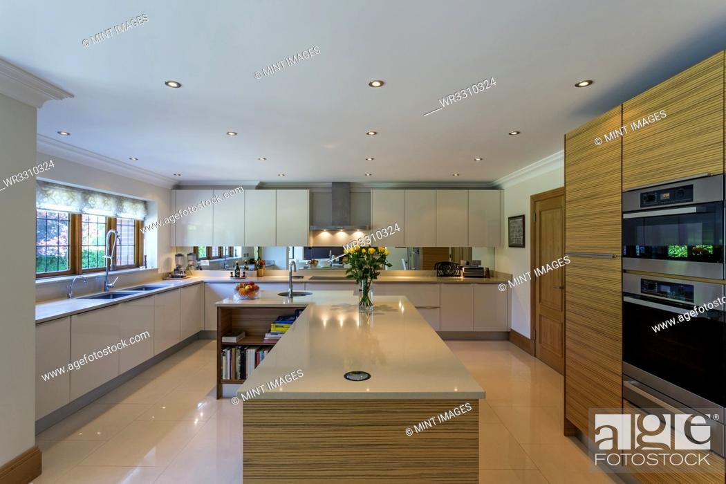 Photo de stock: Countertops and oven in modern kitchen.