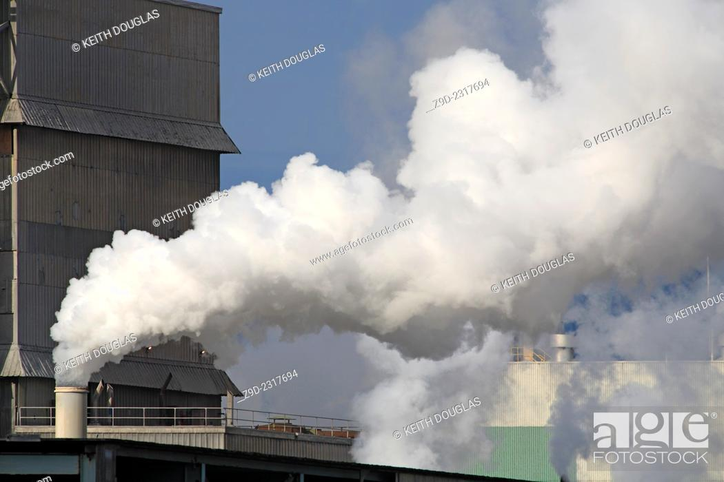 Stock Photo: Emissions coming from the now defunct Eurocan Pulp and Paper mill, Kitimat, British Columbia.