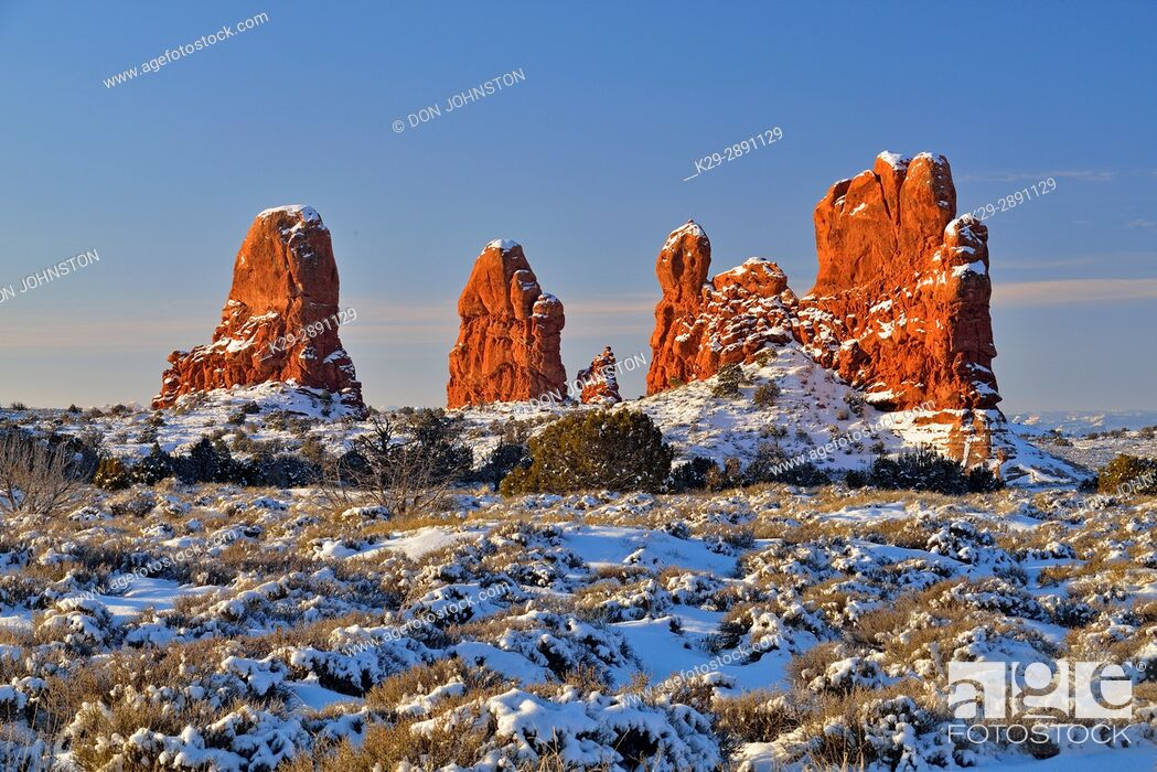 Stock Photo: Sandstone spires in winter, Arches National Park, Utah, USA.