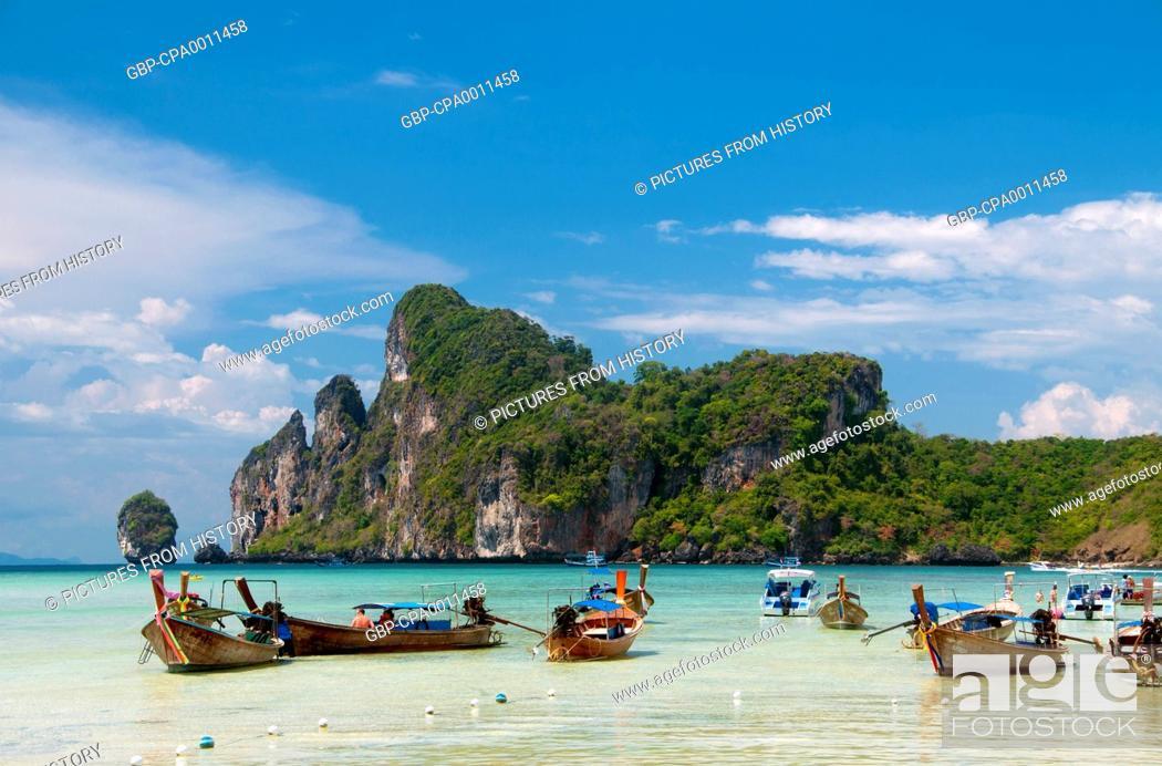 Stock Photo: Thailand: Ao Lo Dalum (Lo Dalum Bay), Ko Phi Phi Don, Ko Phi Phi.