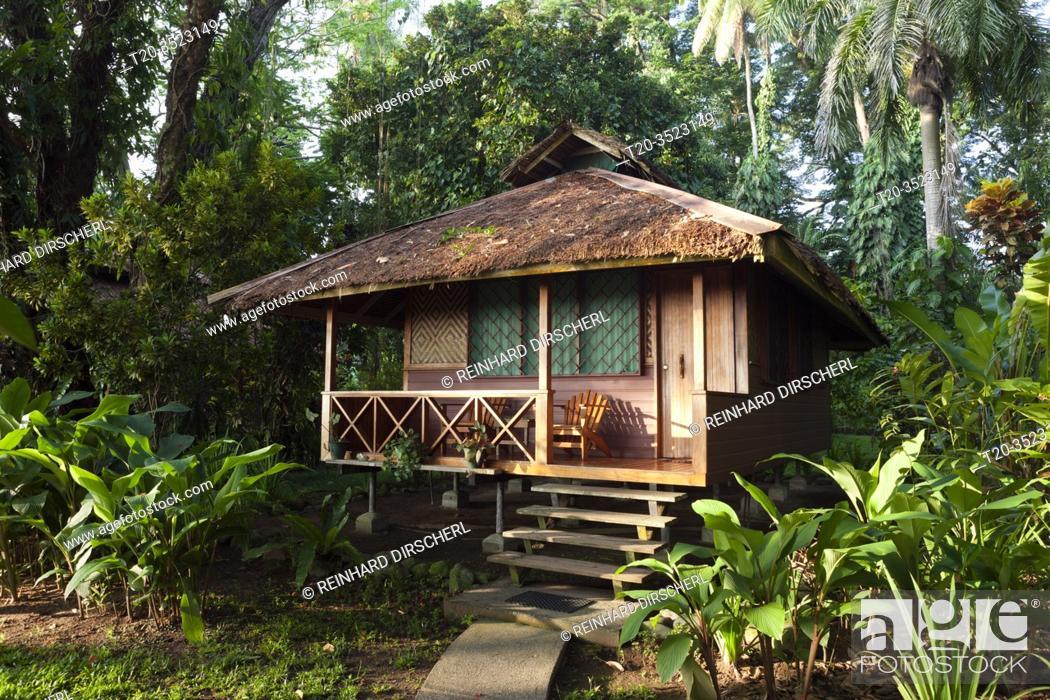 Imagen: Bungalow at Walindi Plantation Resort, Kimbe Bay, New Britain, Papua New Guinea.