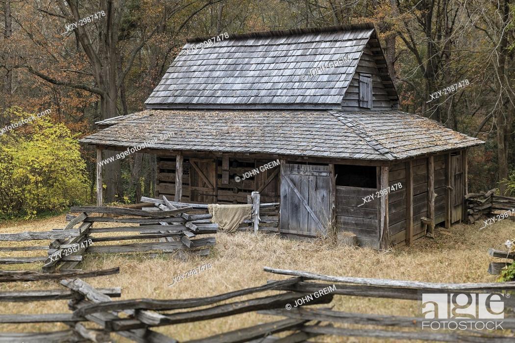 Stock Photo: Historic backcountry farm house, Gastonia, North Carolina, USA.