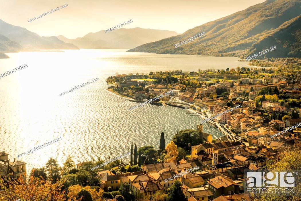 Photo de stock: Scenic view of waterfront, Gravedona, Lake Como, Italy.