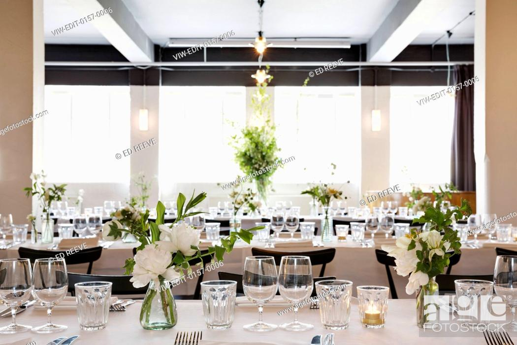 Open Space Restaurant In Industrial Space Simple But Elegant It Is
