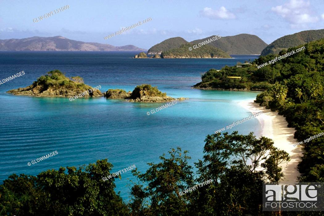 Stock Photo: View of the seashore, Trunk bay beach, St. John, Virgin Islands.