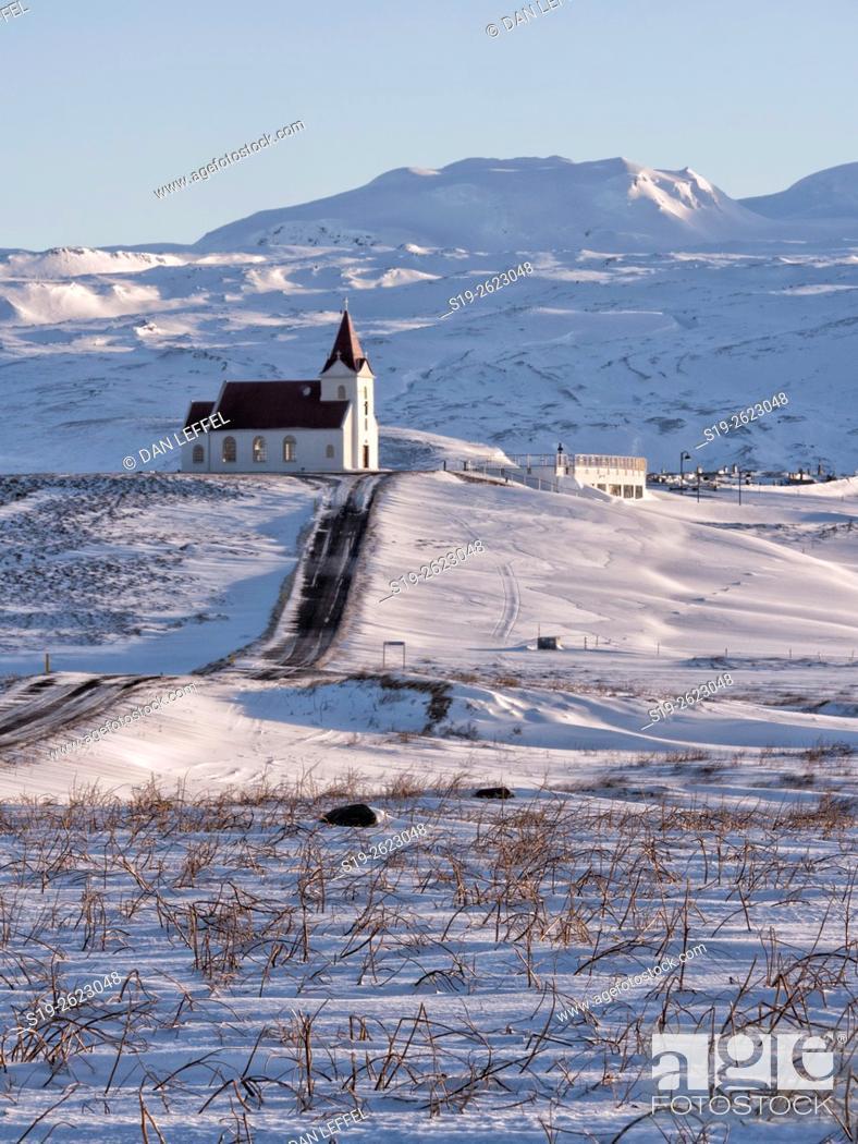 Imagen: Iceland Ingjadsholl Church.