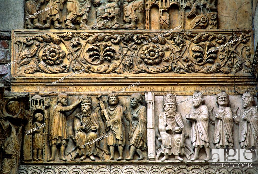 Photo de stock: Italia, Emilia Romagna, Fidenza, St Donnino Cathedral, Detail Facade. . . .