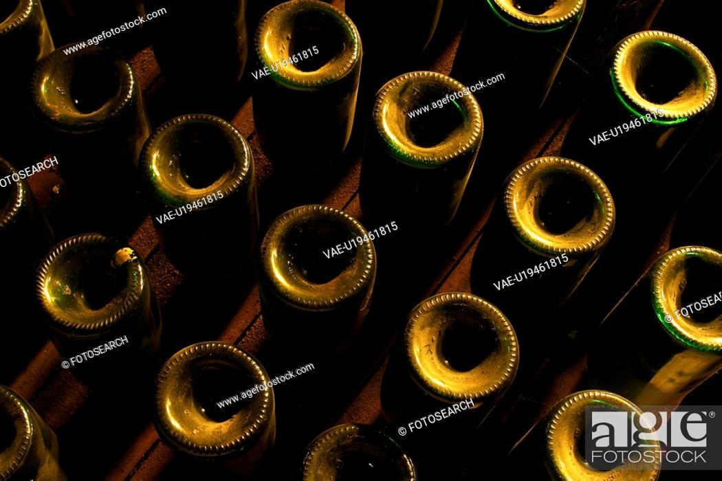 Stock Photo: bottles, wine, wine bottles, rows, shelves, array.