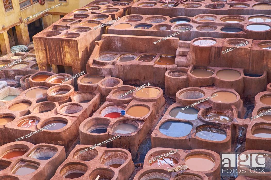 Stock Photo: Africa, Morocco, fes, tanneries souck.