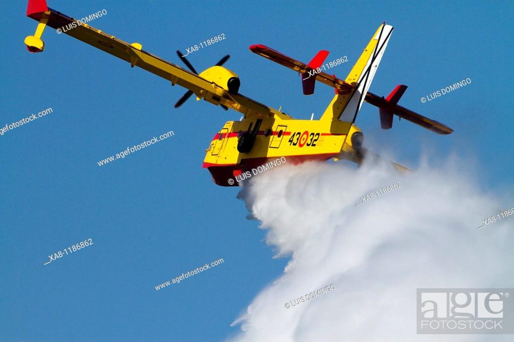 Stock Photo: Seaplane, fire-fighting aircraft.