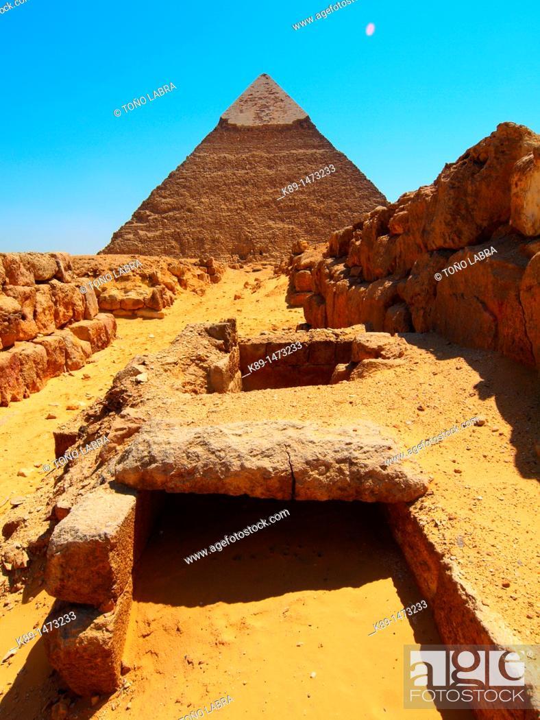 Stock Photo: Pyramid of Khafre. Giza. Cairo. Egypt.