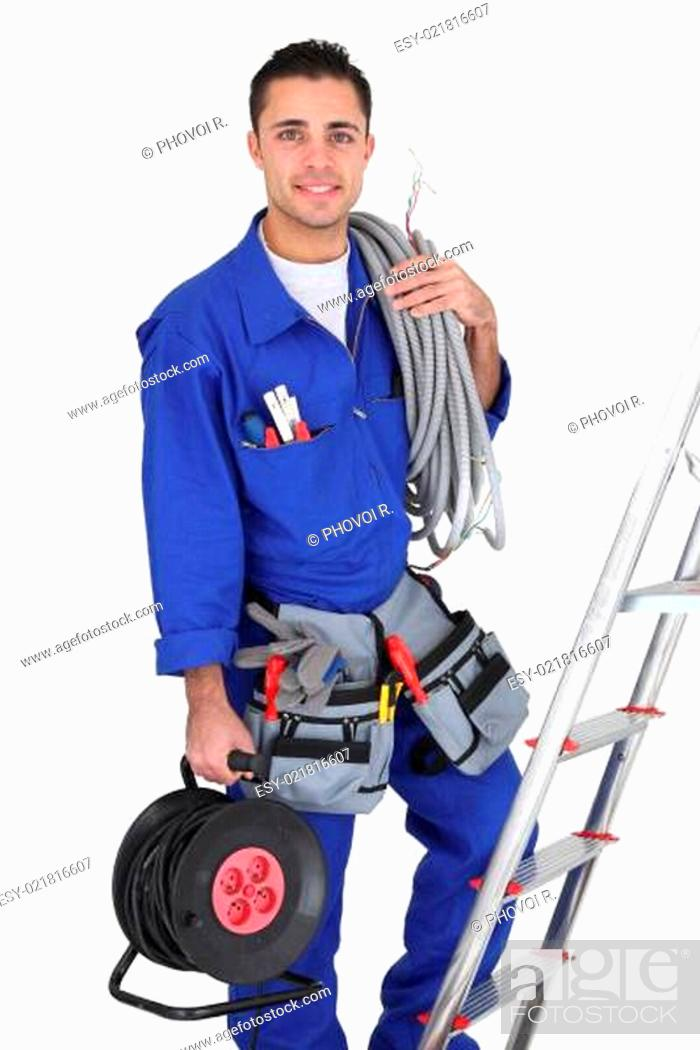 Imagen: Tradesman with his tools.