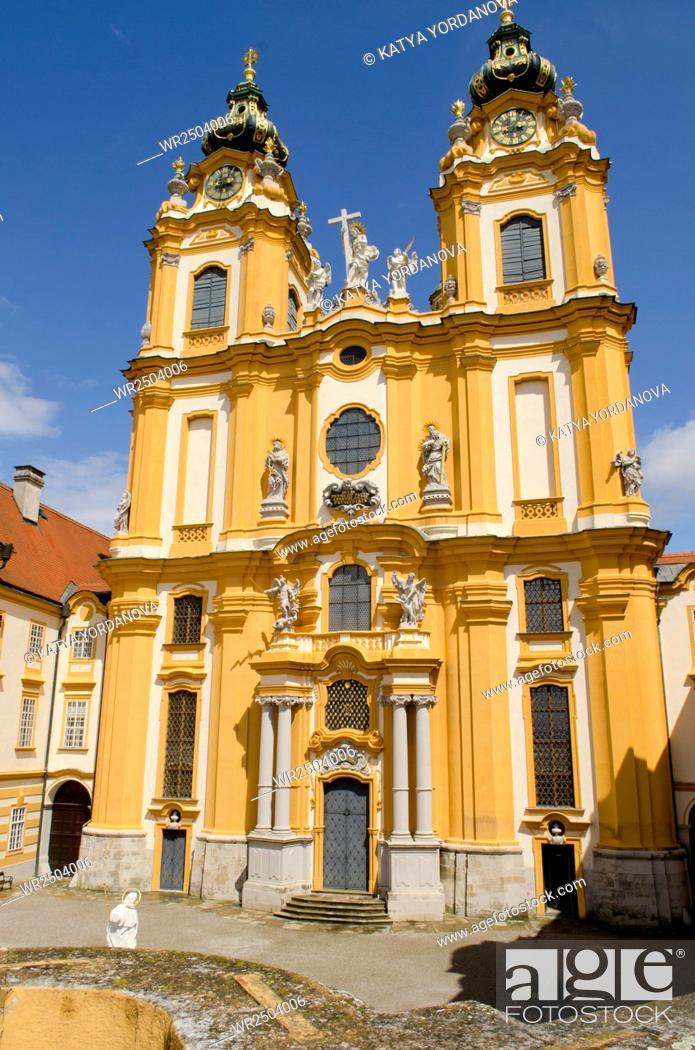 Imagen: St. Peter and Paul Church in Melk Abbey, Austria.