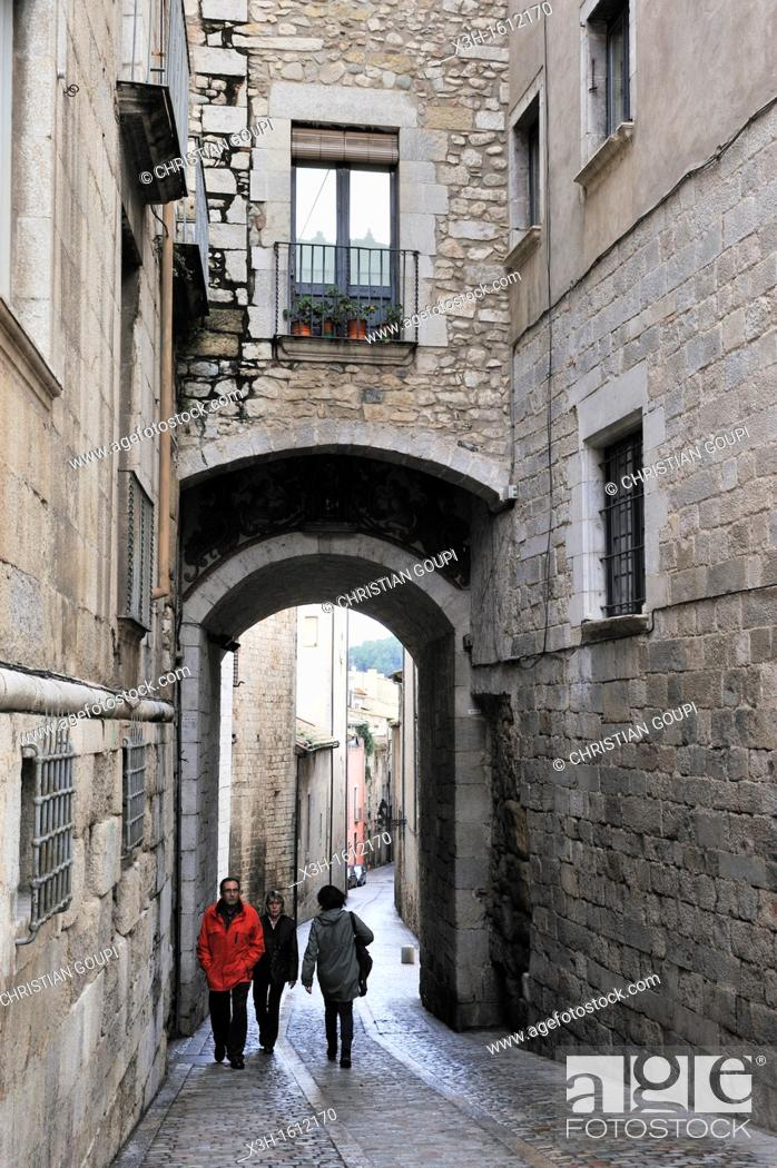 Stock Photo: arched way around the Cathedral Girona, Autonomous community of Catalonia, Spain, Europe.