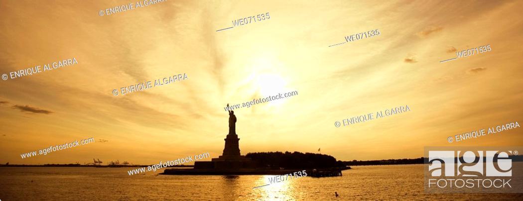 Stock Photo: Statue of Liberty, New York. USA.