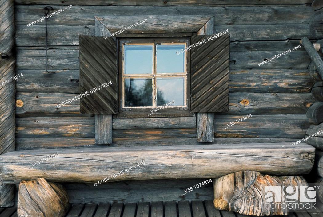 Stock Photo: Finland, Karelia, Parppeinvaara, Traditional Karelian House.