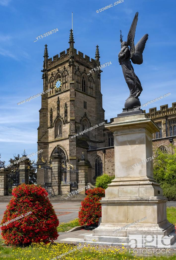 Stock Photo: St Marys Church in Kidderminster, Worcestershire, England, Europe.
