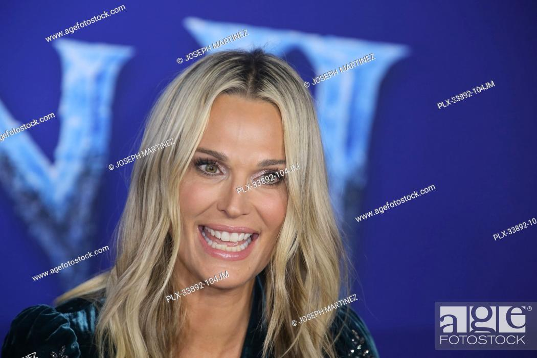 """Stock Photo: Molly Sims at Disney's """"""""Frozen II"""""""" World Premiere held at the Dolby Theatre in Hollywood, CA, November 7, 2019. Photo Credit: Joseph Martinez / PictureLux."""