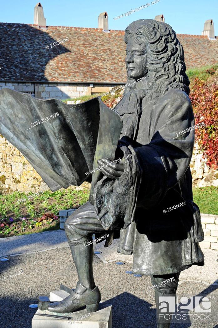 Stock Photo: Monument to Vauban, general, builder, La Citadelle, Citadel, fortifications of Vauban, UNESCO World Heritage Site, Besancon, Departement Doubs, Franche-Comte.