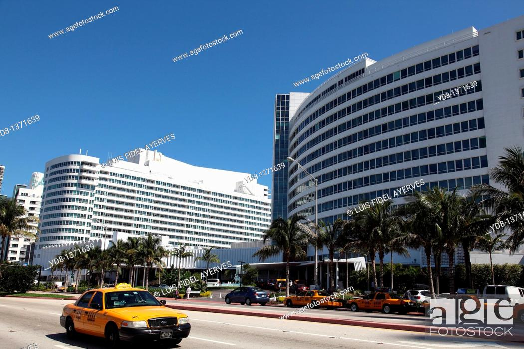 Stock Photo: Taxi and Hotel Fontanblue Collins Avenue in Miami Beach, Florida, USA.