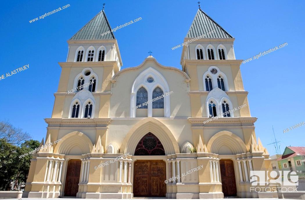 Stock Photo: Dominican Republic - Centre - The Cibao - Santiago - The old center - Cathedral of Santiago Apostol.