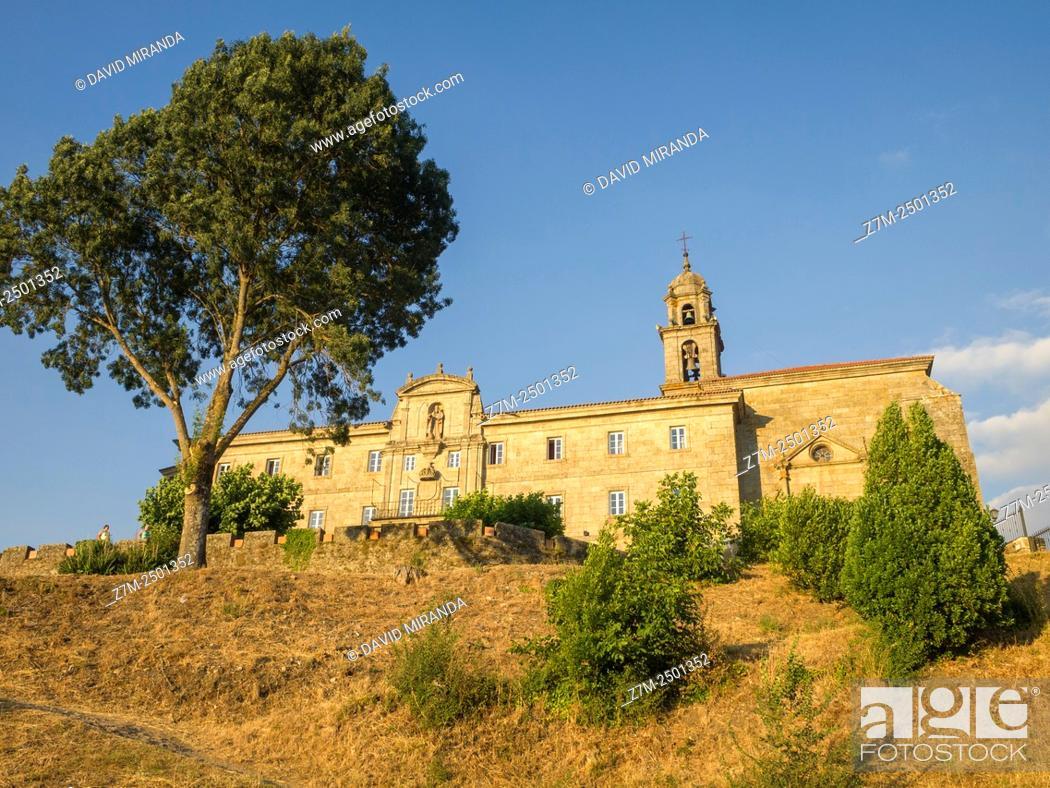 Stock Photo: Parador de turismo de Monforte de Lemos. Lugo. Galicia. España.