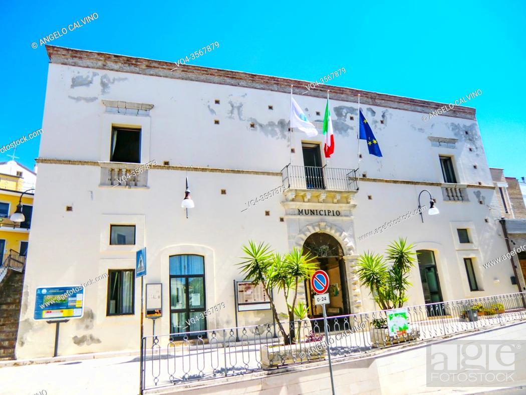 Imagen: Town Hall Building. Pisticci. Basilicata. Italy.