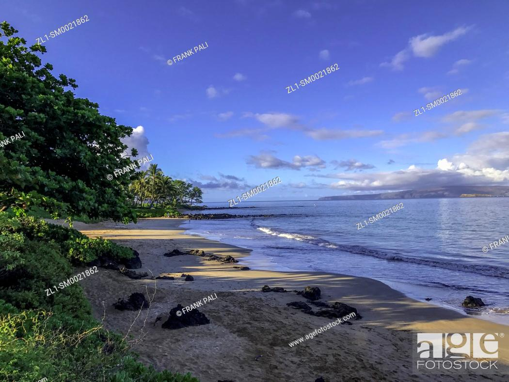 Stock Photo: View from the famed boardwalk in Wailea, Maui, Hawaii.